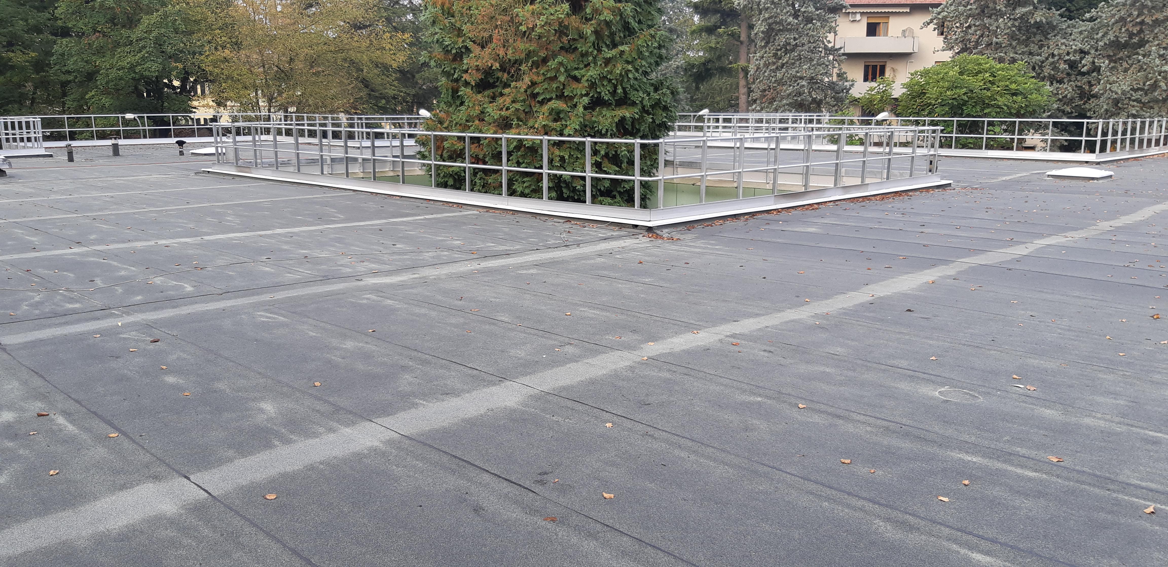 Copertura che assorbe la CO2 della scuola Il Bruco di Forlì